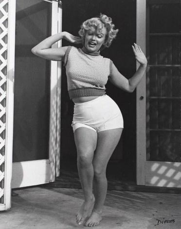 Marilyn Monroe photographed by Andre de Dienes in 1953